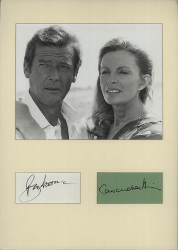 JAMES BOND - Roger Moore & Cassandra Harris Autographs + Mounted For Your Eyes Only Publicity Photo - Autres