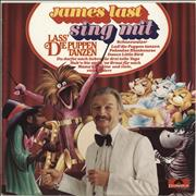 Click here for more info about 'James Last - Sing Mit Lass' Die Puppen Tanzen'