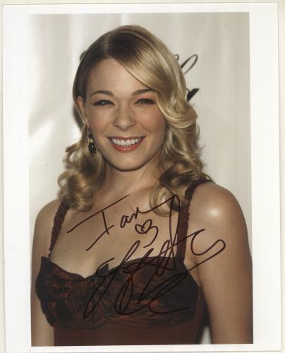 RIMES, LEANN - Autographed Photograph - Others