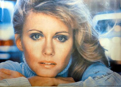 NEWTON JOHN, OLIVIA - Olivia Newton John's Greatest Hits - Poster / Display