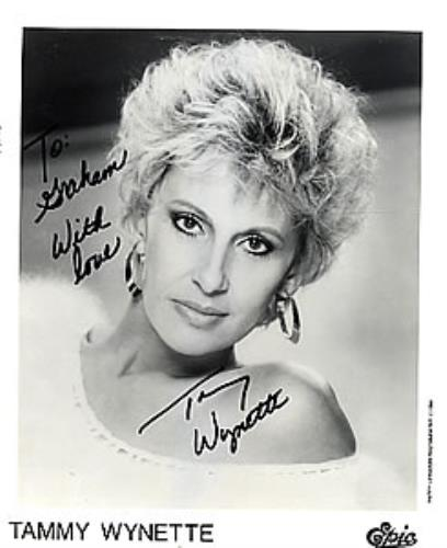 WYNETTE, TAMMY - Autographed Publicity Photograph - Others