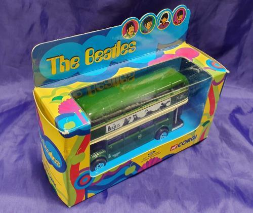 BEATLES, THE - Corgi ABC Routemaster - Autres